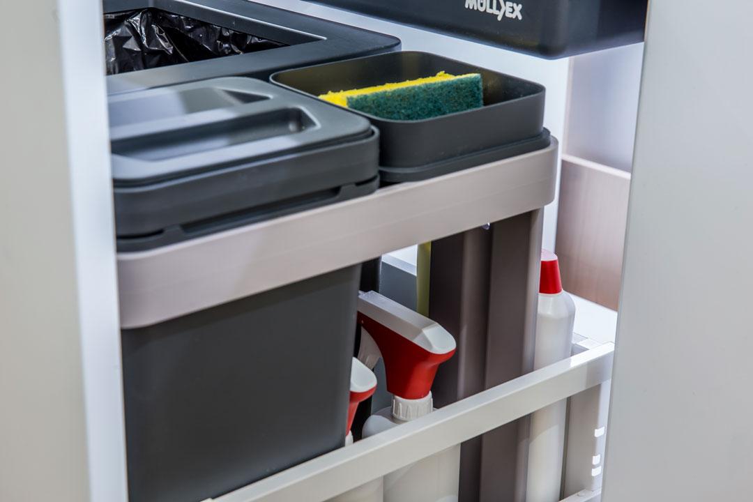 Rangement supplémentaire système de tri déchets cuisine